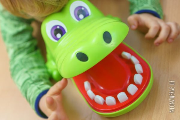 Spiele für Kleinkinder - Krokodoc von Hasbro