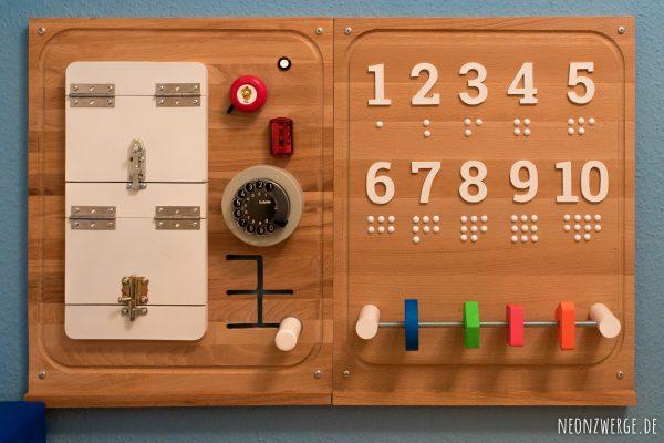 Selbstgemachtes Busyboard für Kleinkinder - Einfach Spielen